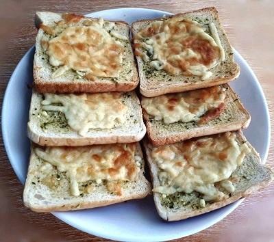Homemade Garlic Bread using Sliced Bread Recipe