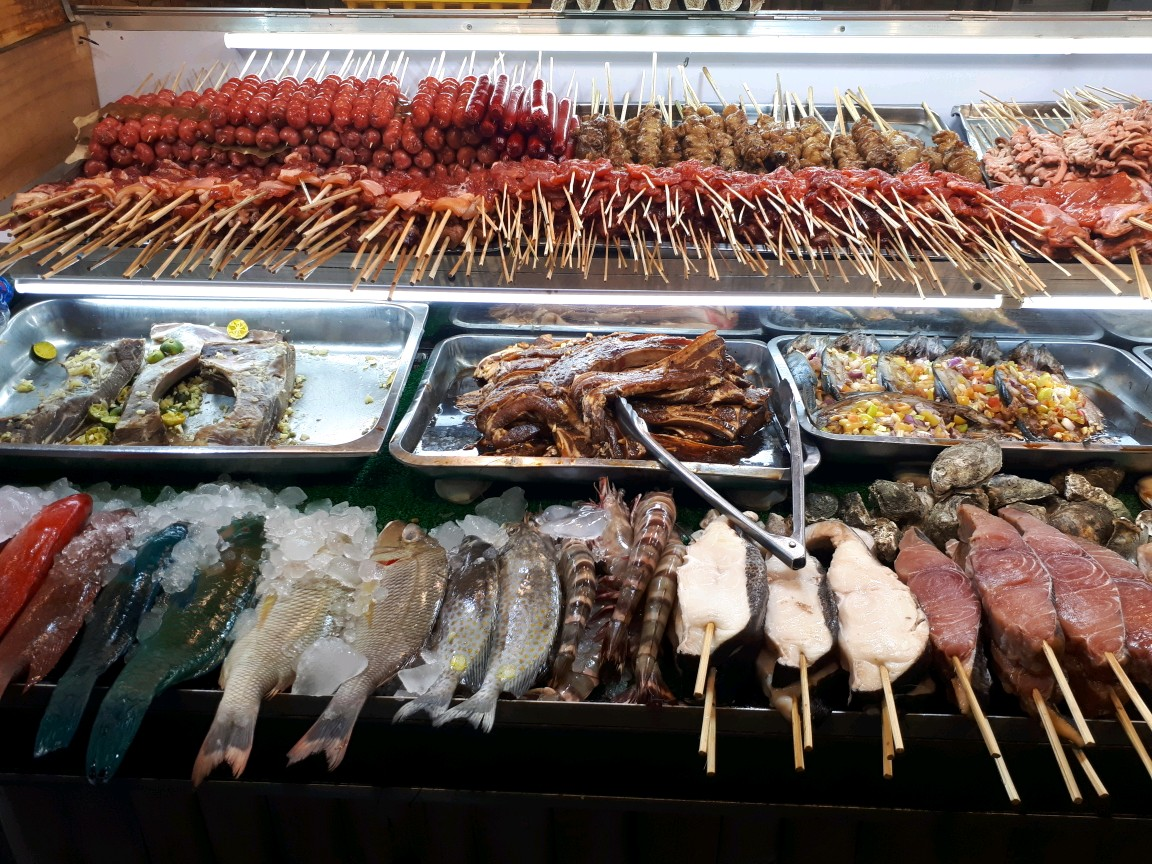 Seafood and Barbecue in Larsian Cebu