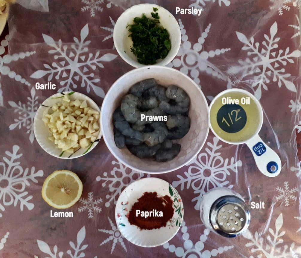 The ingredients of Spanish Garlic Prawns Recipe (Gambas al Ajillo)