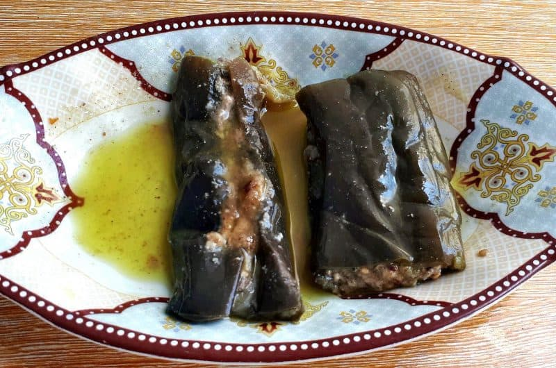 An Easy Makdous Recipe (Pickled Eggplant)
