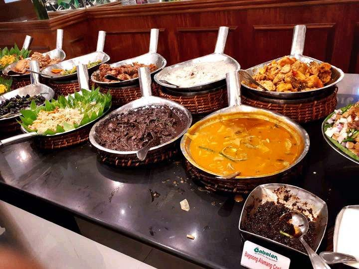 Food choices in Cabalen Buffet