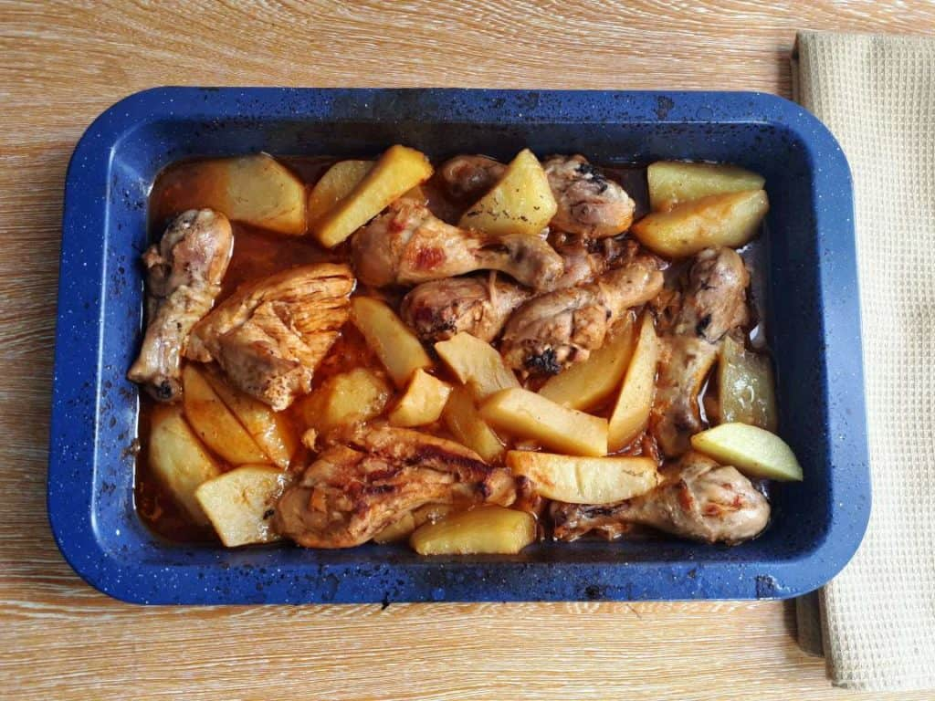 Baked Chicken and Potatoes with Tomato Sauce