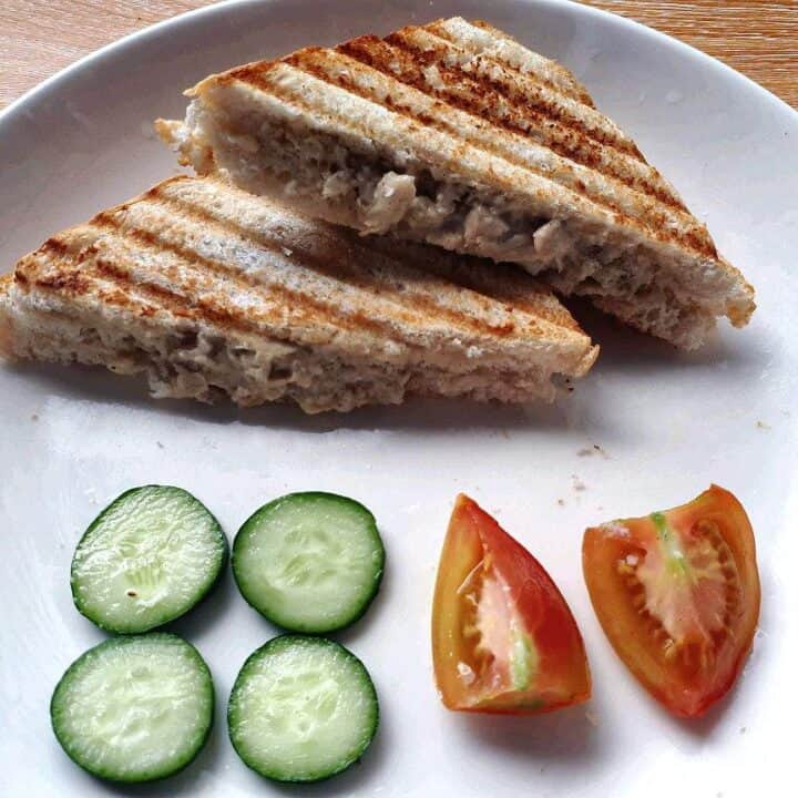 Chicken Sandwich Spread serve with slices of cucumber and tomatoes