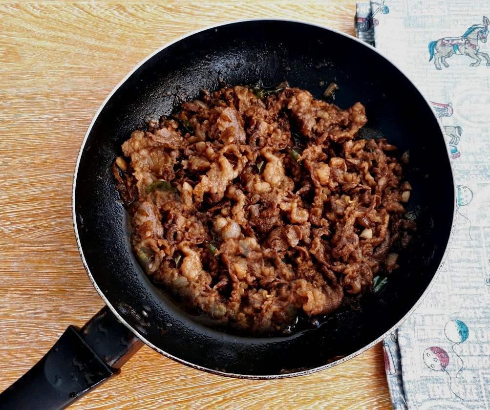 Spicy Korean Beef Stir Fry in a pan
